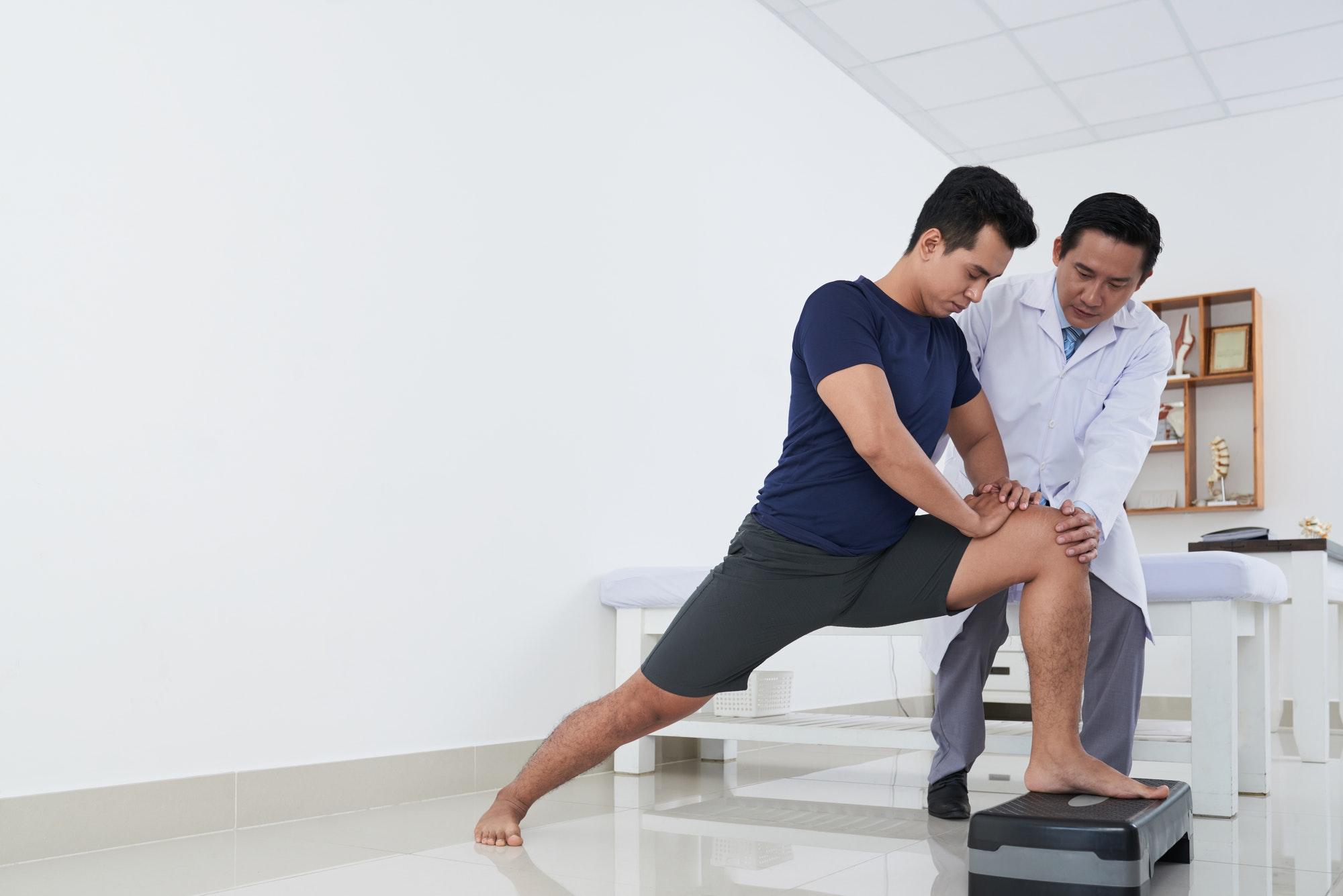 At physiotherapist